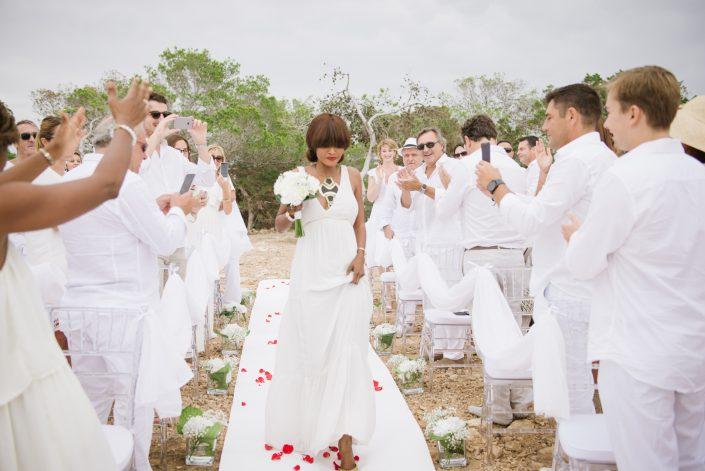 French wedding in Ibiza. Photography by Masha Kart