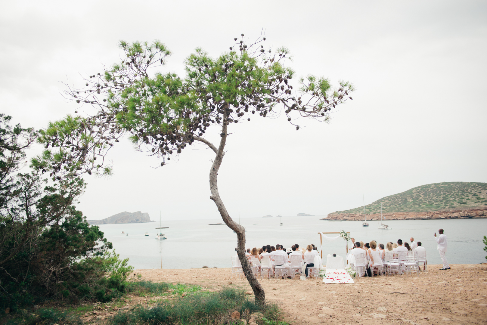 French wedding in Ibiza. Photography by Masha Kart