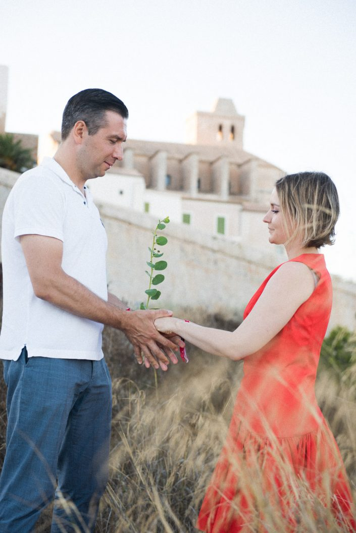 Ibiza engagement photography. Dalt Vila love story