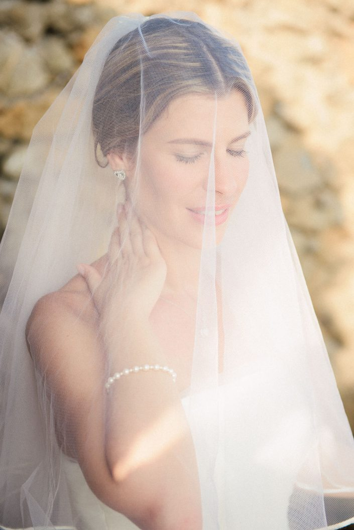 A beautiful bridal photo session in Ibiza. Wedding photography by Masha Kart