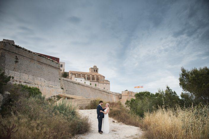 Engagement shooting in Dalt Vila, Ibiza