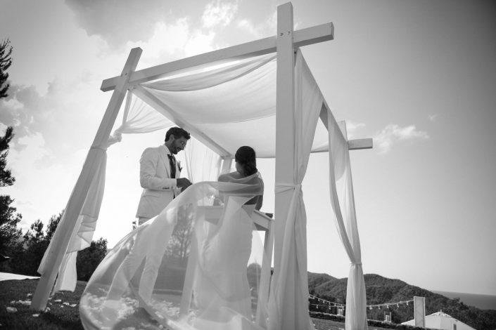 Ceremony at Ibiza wedding. Photography Masha Kart