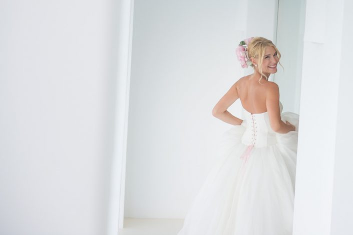 Bridal photo shooting. Elena in Destino